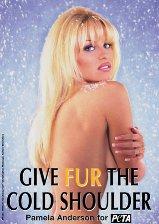 slideshow_1366233_Pamela_Anderson_-_Give_Fur_The_Cold_Shoulder
