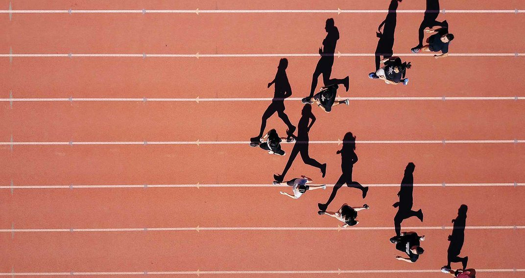 Martin Casse donne le pass-sport aux jeunes athlètes français pour les États-Unis